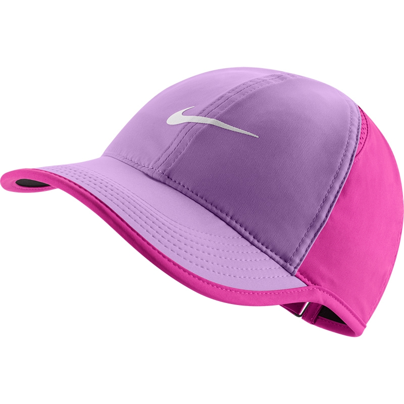 nike featherlight women s tennis hat nike item 679424542. Black Bedroom Furniture Sets. Home Design Ideas