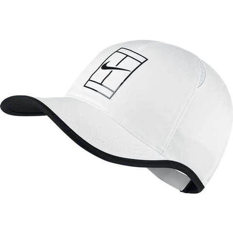 c4eadfc385311 Nike Court Aerobill Featherlight Men s Tennis Hat. NIKE - Item  864105100