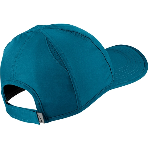 Nike Featherlight Men s Tennis Hat. NIKE - Item  679421301 9ce5fe534cf